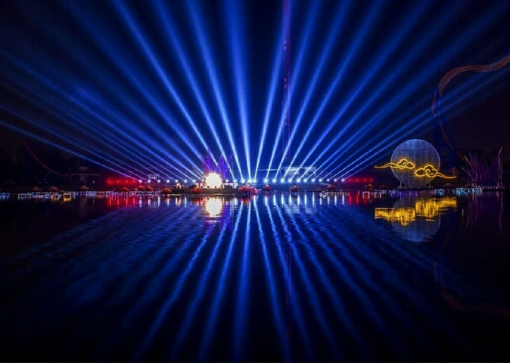 Large Beautiful 3d Laser Light Show  / Laser Water Fountain With PC Control System supplier